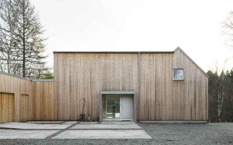 Minimalist Interior in Sweden Villa Bondö-04
