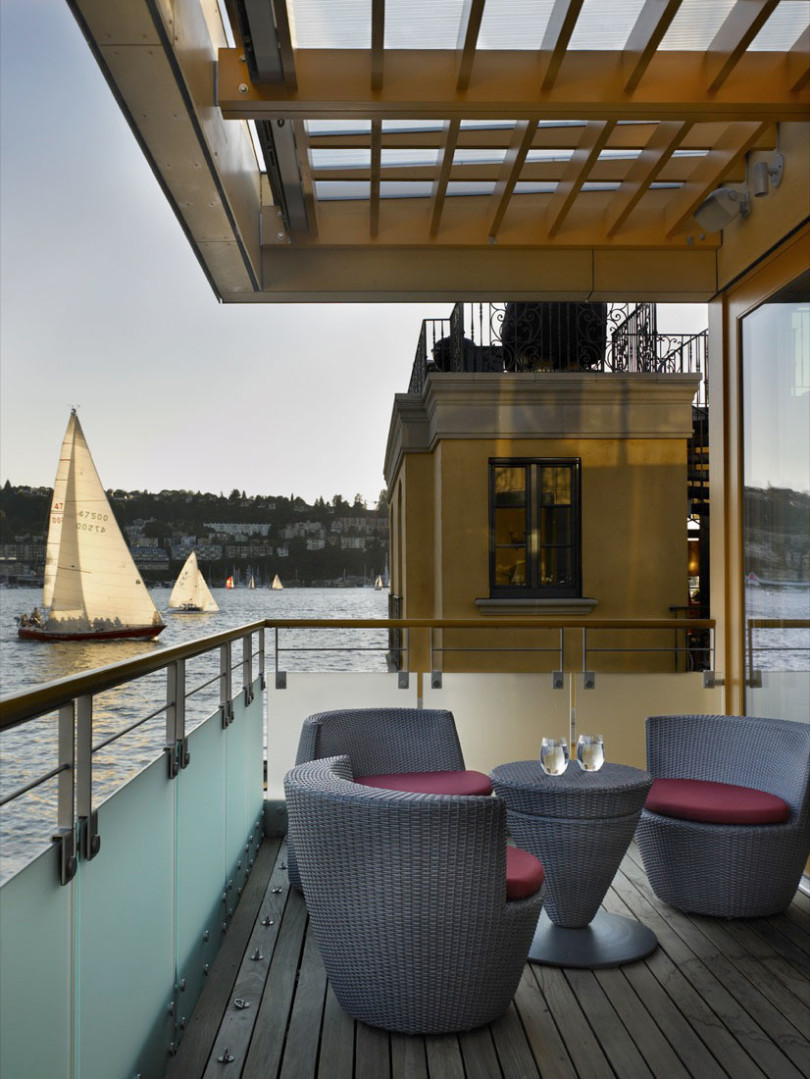Floating Home in Seattle by Vandeventer + Carlander Architects-05