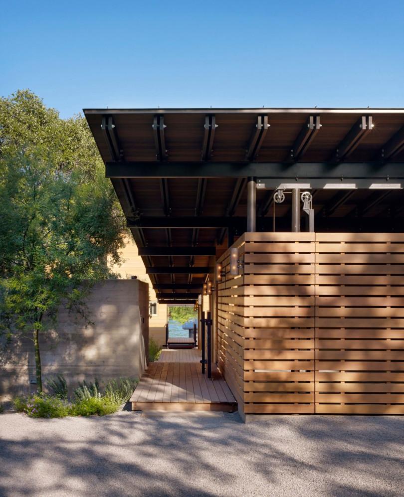 Hog Pen Creek Residence by Lake Flato Architects
