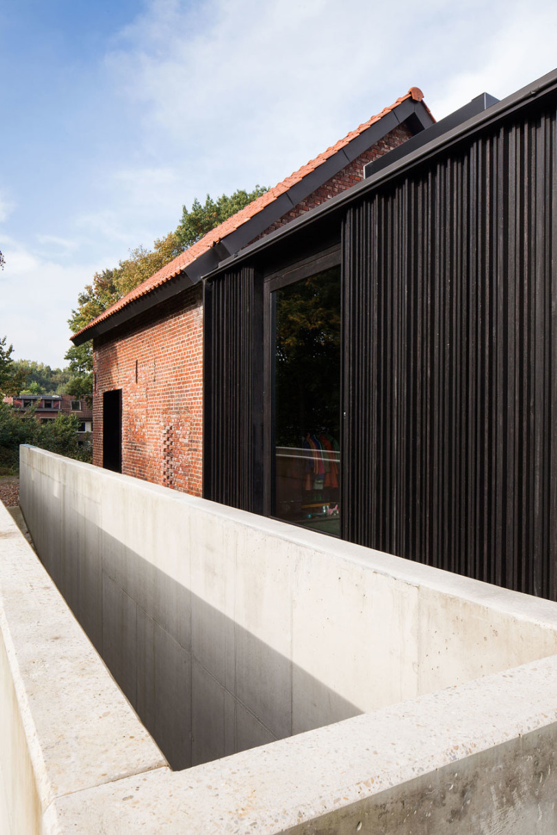 Architectural Design: La Branche by DMOA Architecten-07