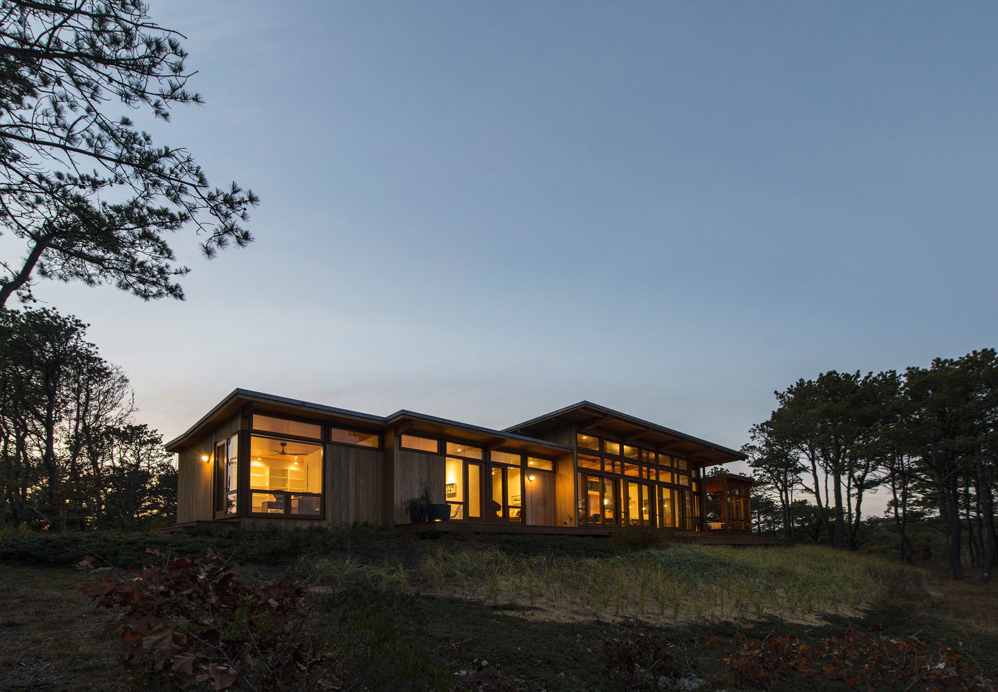 Long Dune Residence By Hammer Architects Homedezen
