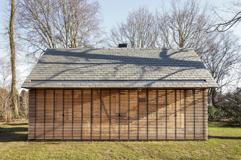 Recreation House by Zecc Architecten