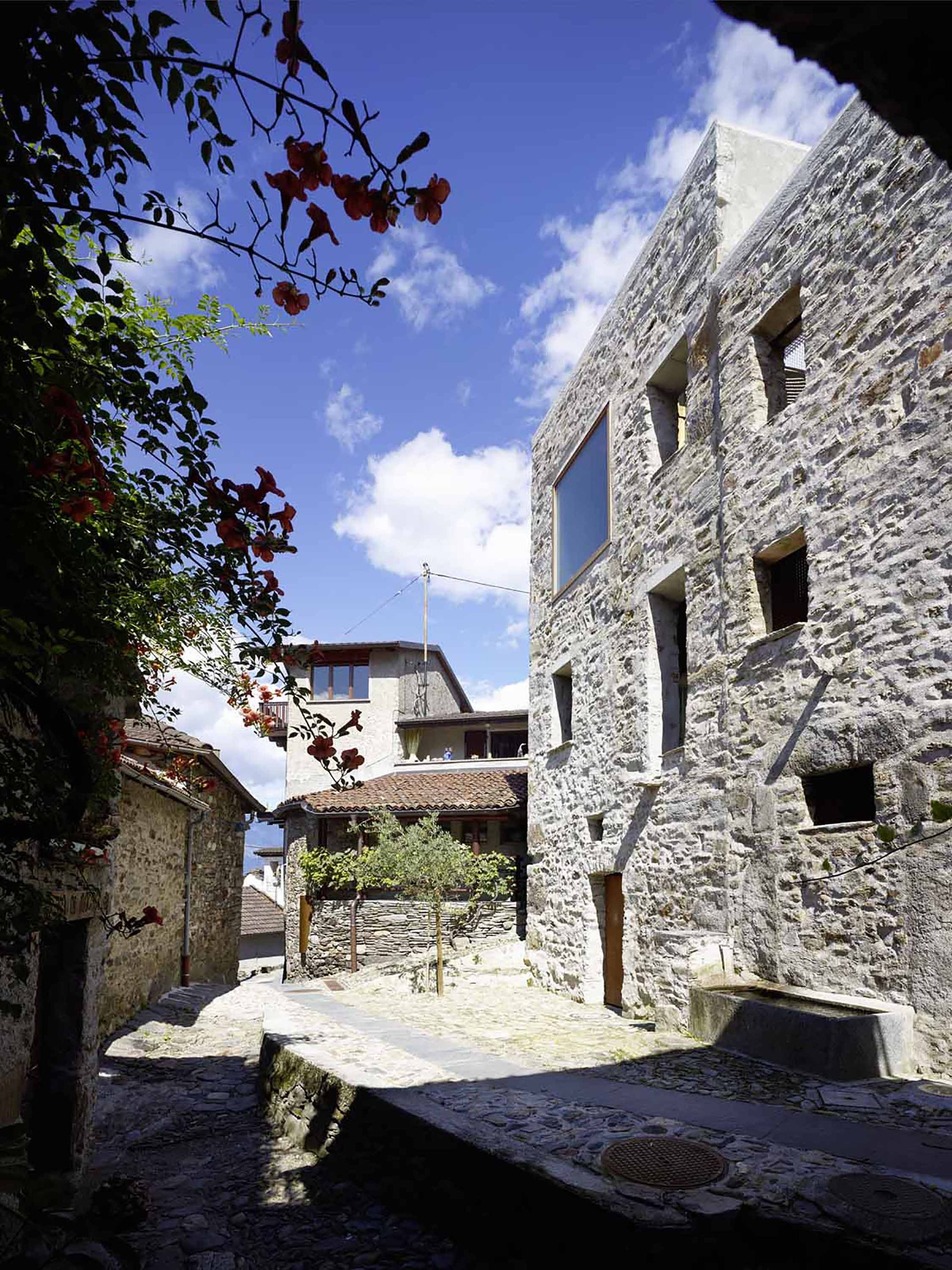 Stone House Renovation By Wespi De Meuron Romeo Architects