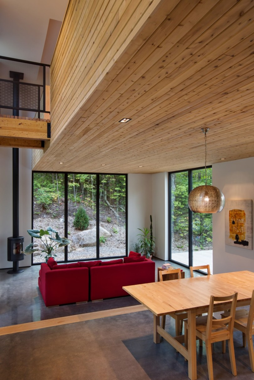 Wooden House by Thellend Fortin Architectes-04
