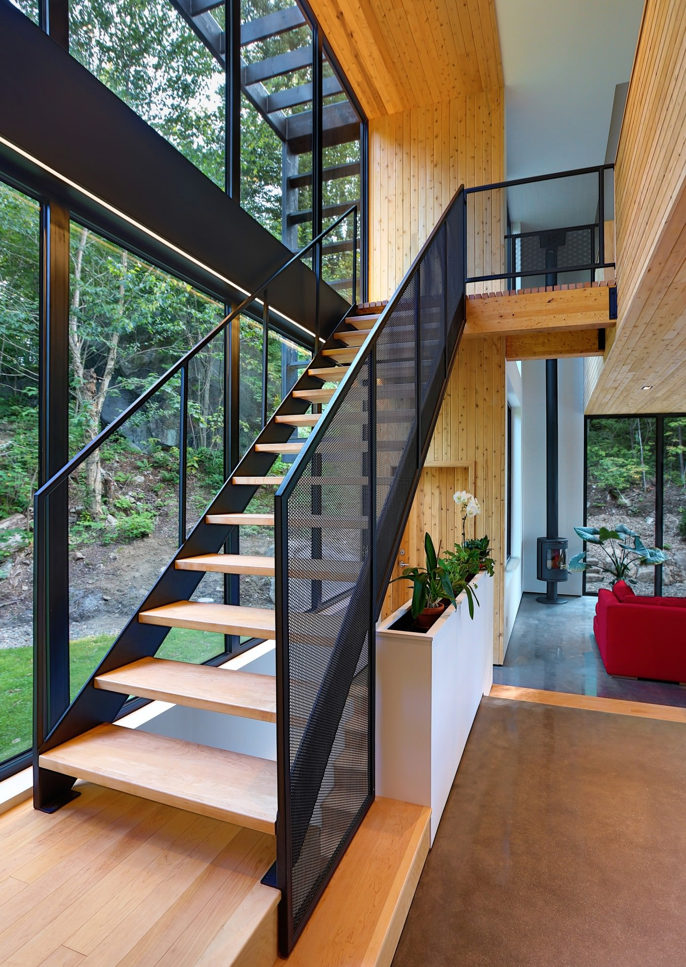 Wooden Residence By Thellend Fortin Architectes