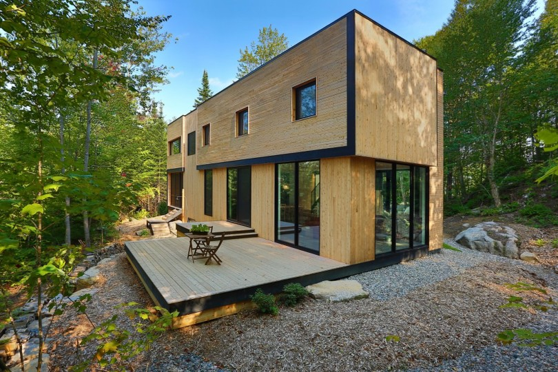 Wooden Residence by Thellend Fortin Architectes-08