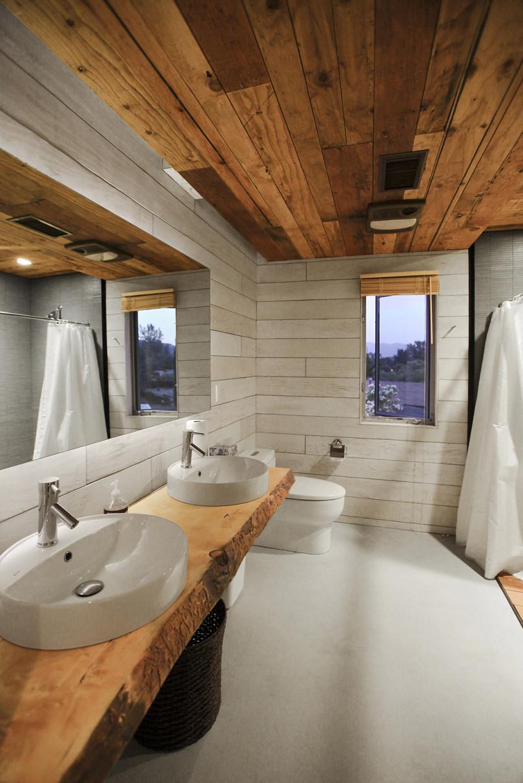 510 Cabin by Hunter Leggitt Studio