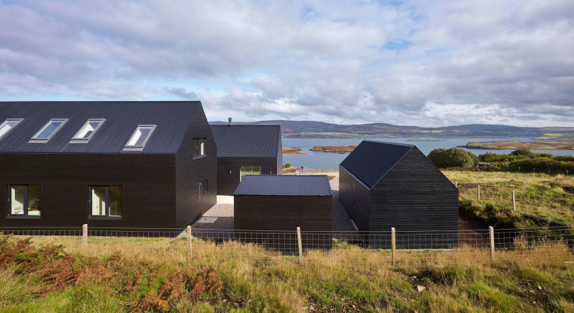 Home in Colbost by Dualchas Architects
