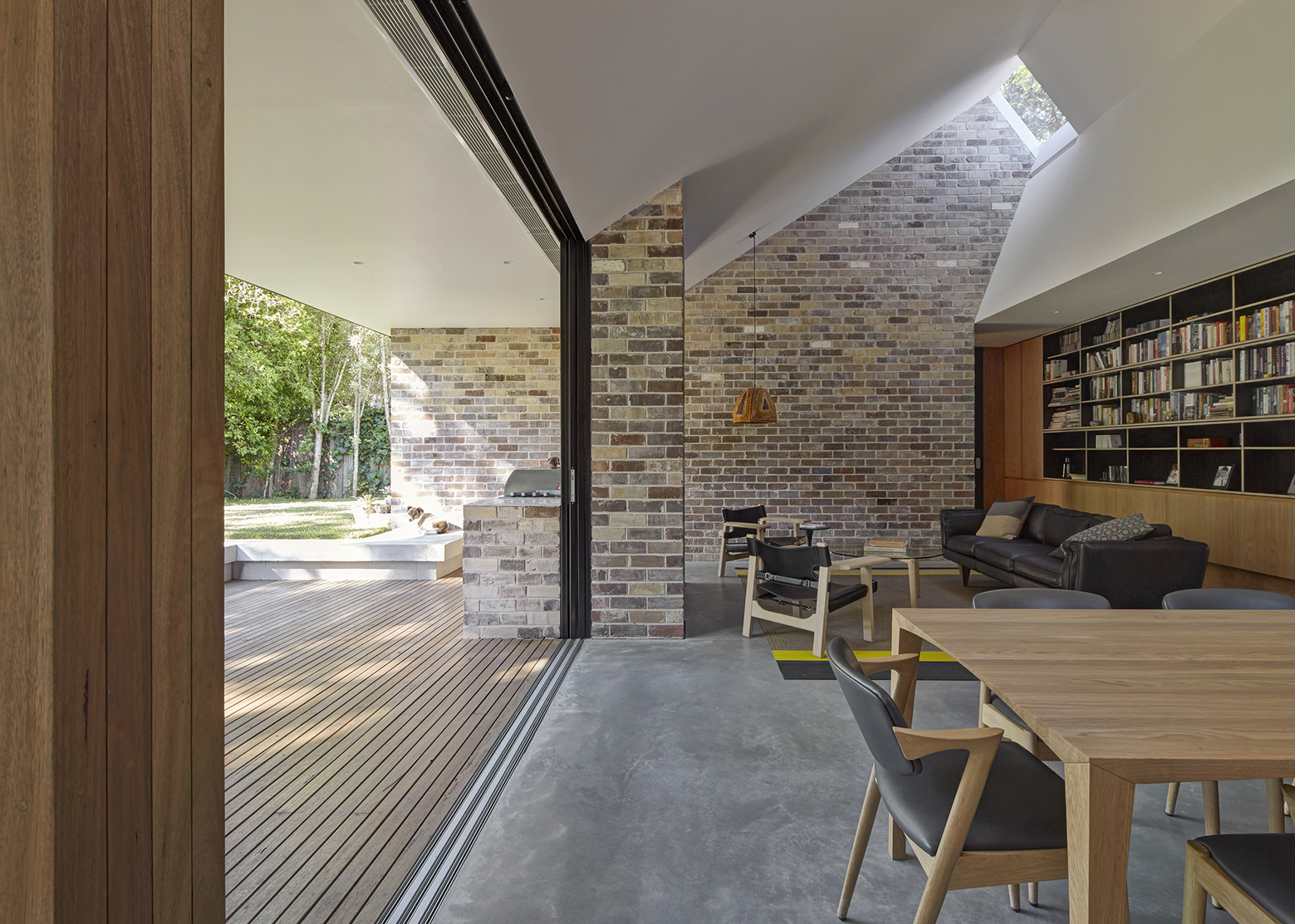 Skylight House by Andrew Burges Architects | Homedezen