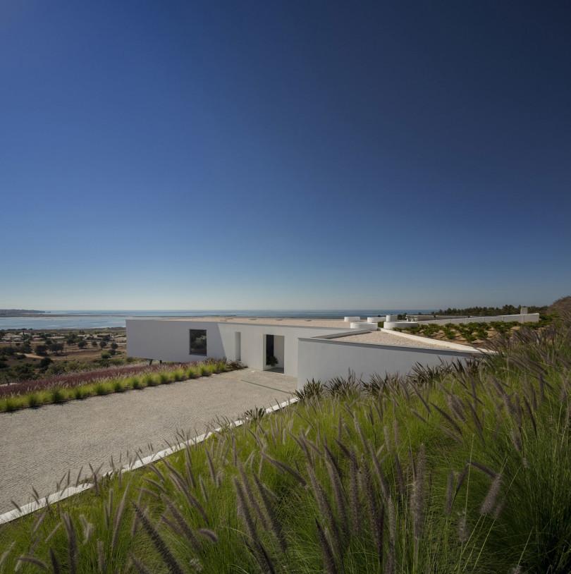 Zauia House by Mário Martins Atelier