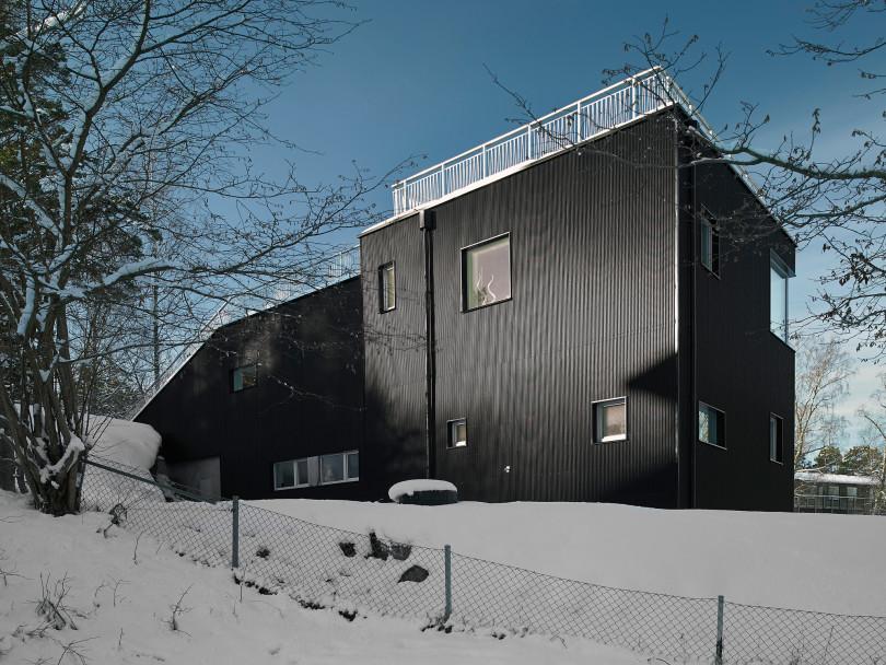 Pulkabacken House by Street Monkey