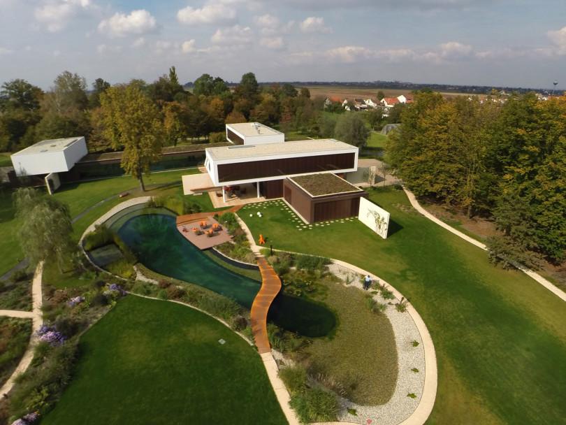 Villa π by Oliver Grigić