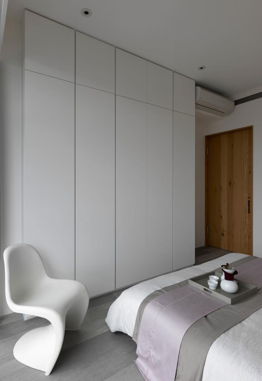 A modest home in Taipei by Ganna Design