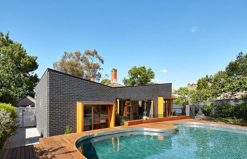 Renovated House by MAKE: House Rosebank