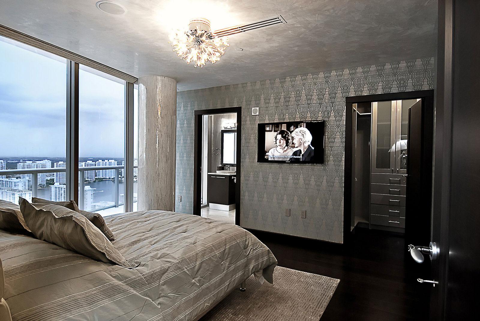 Jade ocean penthouse by pfuner design homedezen for Jade ocean penthouse