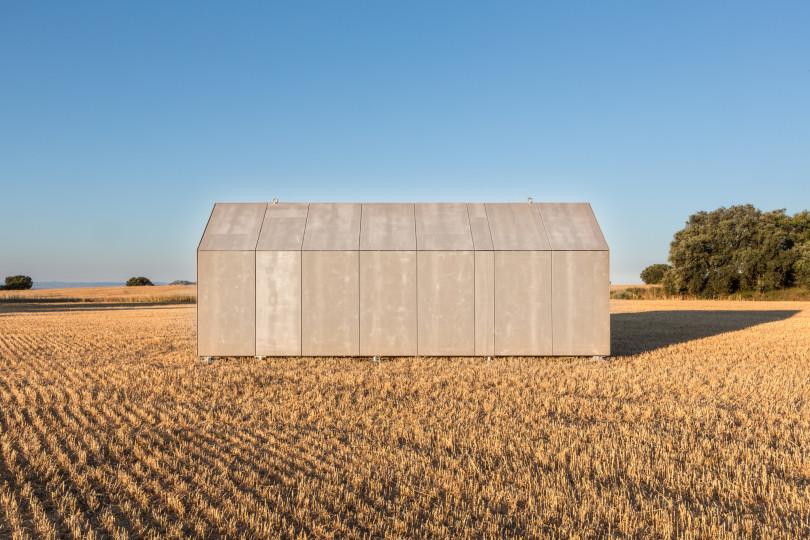Portable House ÁPH80 by Ábaton Arquitectura