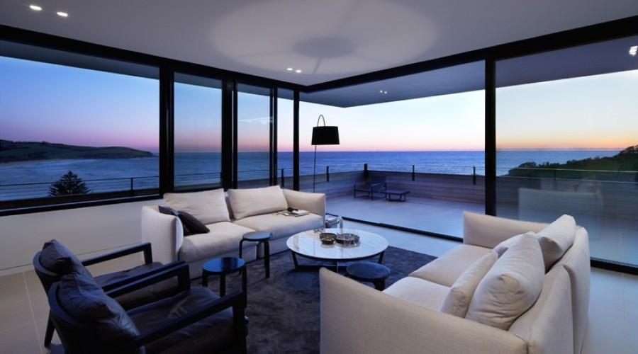 Beach House in Australia by Smart Design Studio
