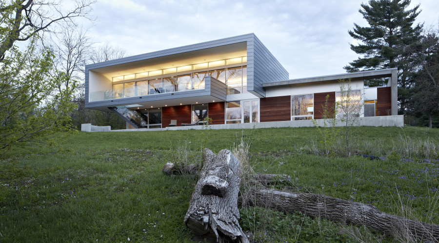 River View House by Studio Dwell Architects