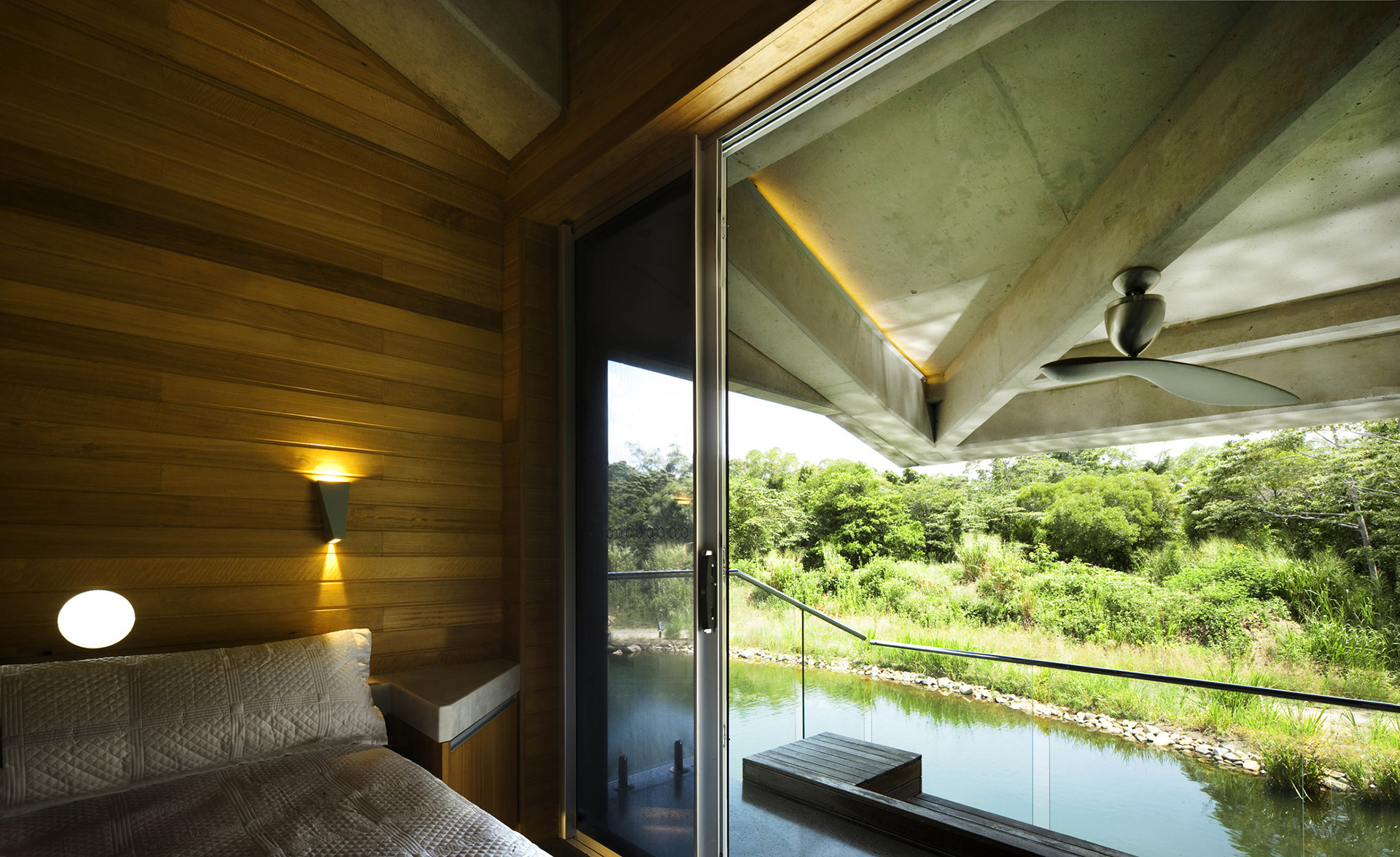 Stamp House By Charles Wright Architects Homedezen
